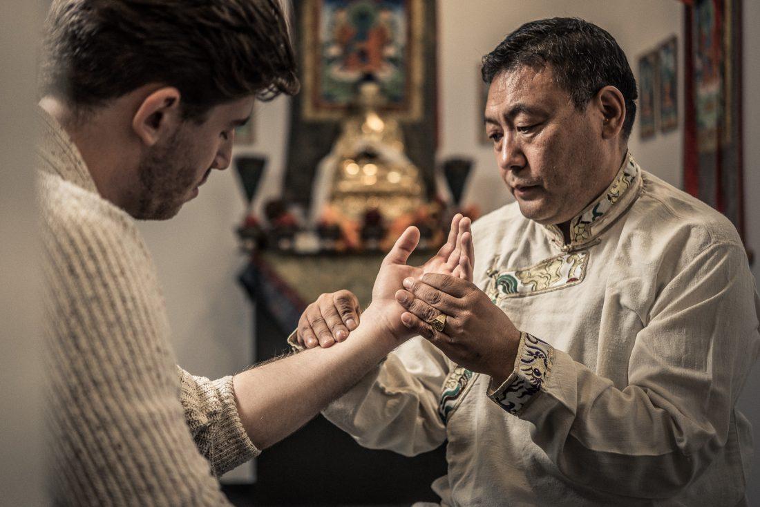 tibetische_medizin_pulsdiagnose_lobsang_dripatsang
