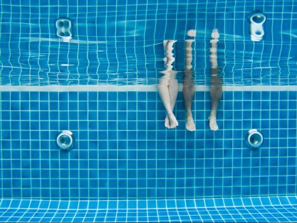 Kühles Fussbad im Sommer